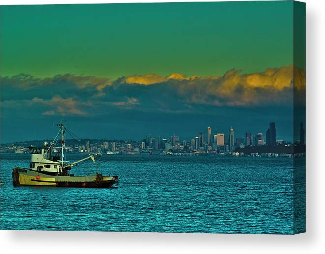 Washington Canvas Print featuring the photograph Seattle Evening by Dale Stillman
