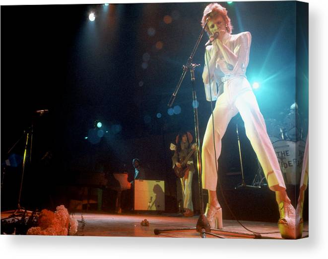 People Canvas Print featuring the photograph Ziggy Stardust Era Bowie In La by Michael Ochs Archives