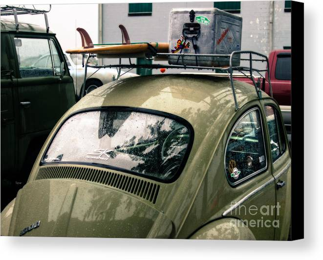 Vw Canvas Print featuring the photograph Beetle Surf  by Steven Digman