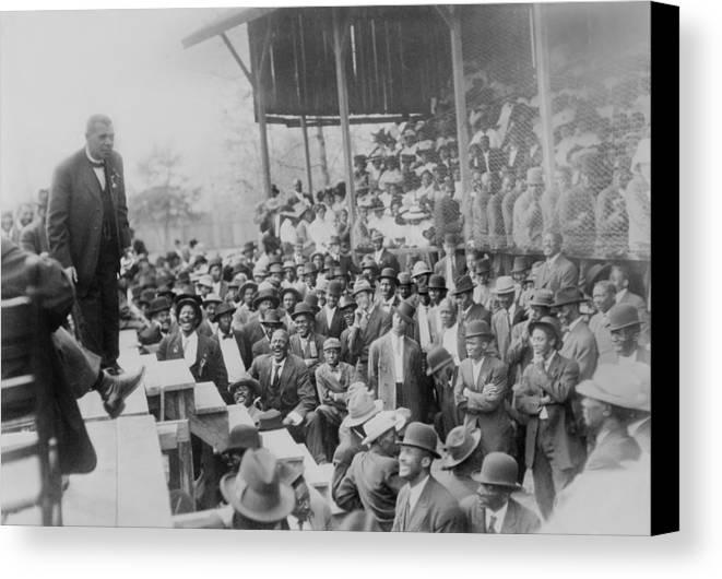 History Canvas Print featuring the photograph Booker T. Washington Addressing by Everett