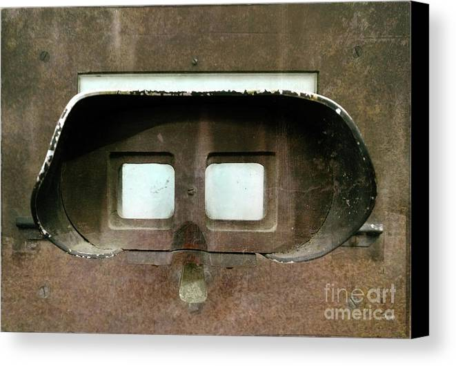 Stereoscope Canvas Print featuring the photograph The Iron Mask by Steven Digman