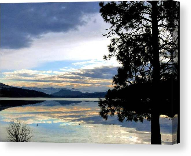 Wood Lake Canvas Print featuring the photograph Mirror Image Sunset by Will Borden