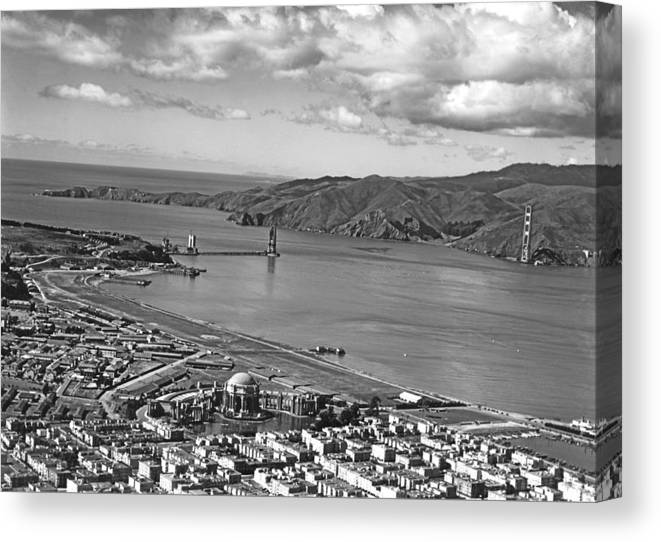 1930s Canvas Print featuring the photograph Gg Bridge Under Construction by Underwood Archives