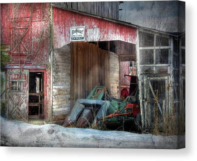 Old Red Barn Canvas Print featuring the photograph Rye Valley Stock Farm by Lori Deiter