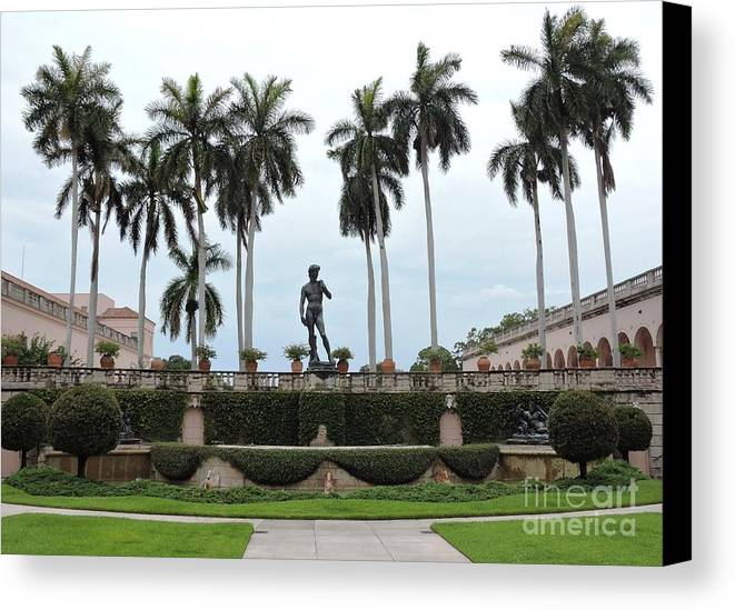 Statue Canvas Print featuring the photograph Dominating The Courtyard by Beth Williams