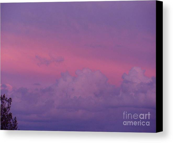 Sunset Canvas Print featuring the photograph Heavenly Sunset by Sherri Williams
