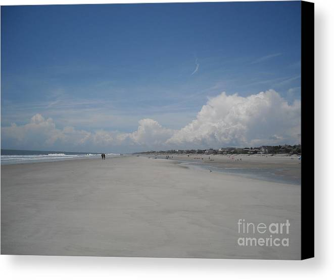 Fripp Island Canvas Print featuring the photograph Ocean Stroll by Michelle Welles