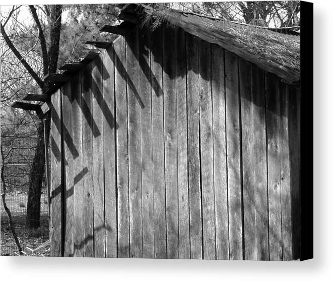 Wood Canvas Print featuring the photograph Someraingetsthrough by Curtis J Neeley Jr