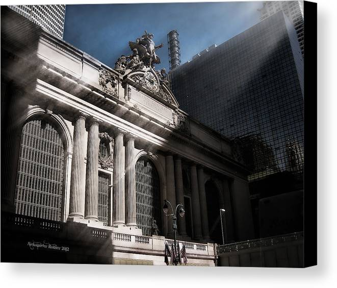 Manhattan Canvas Print featuring the photograph Grand Central #1 by Aleksander Rotner