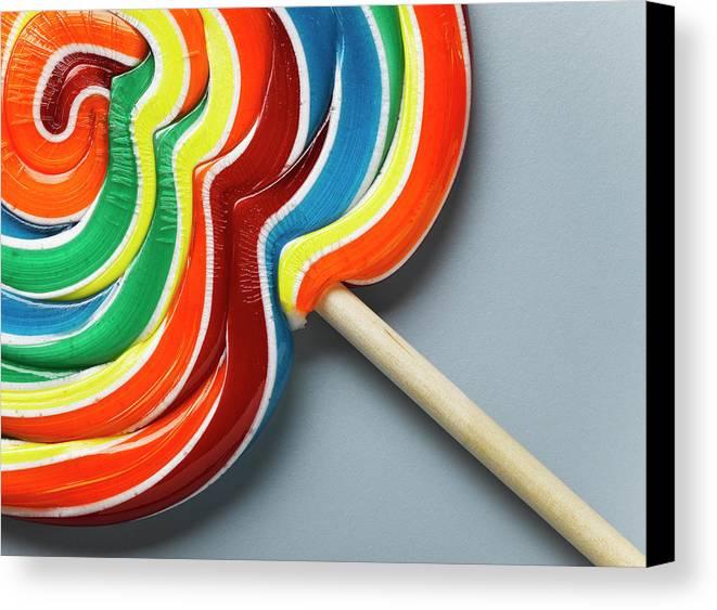 Horizontal Canvas Print featuring the photograph Multicoloured Lollipop, Close-up by Jeffrey Hamilton