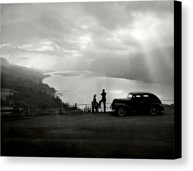 Canvas Print featuring the photograph Columbia Gorge by Ray Atkinsen