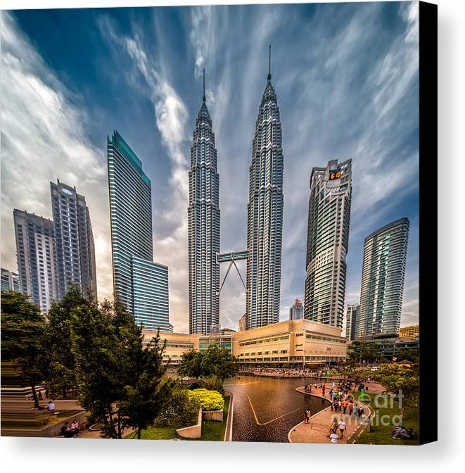 1994 Canvas Print featuring the photograph Twin Towers Kl by Adrian Evans