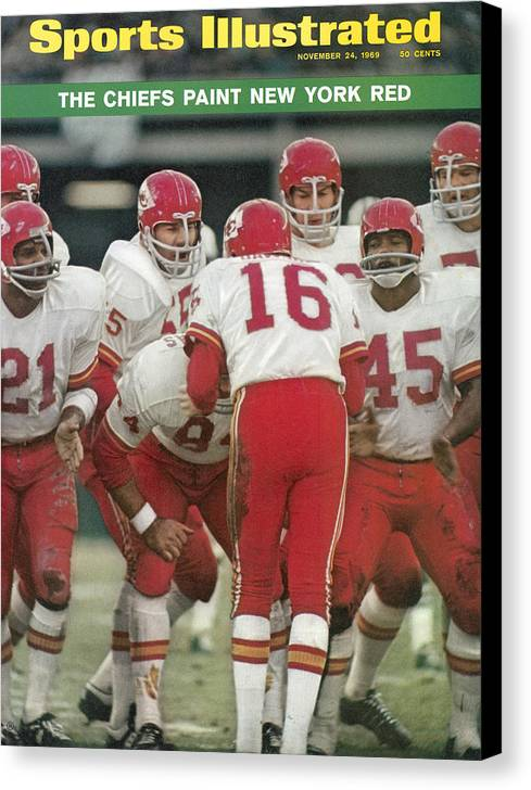Magazine Cover Canvas Print featuring the photograph Kansas City Chiefs Offense Sports Illustrated Cover by Sports Illustrated