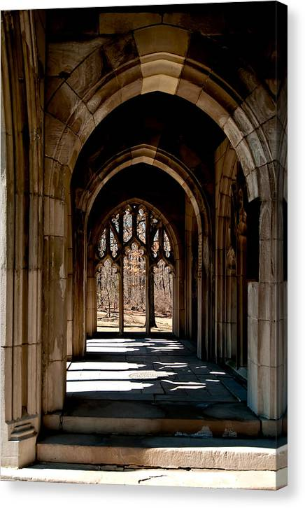 Washington Memorial Chapel Canvas Print featuring the photograph Washington Memorial Chapel by Louis Dallara