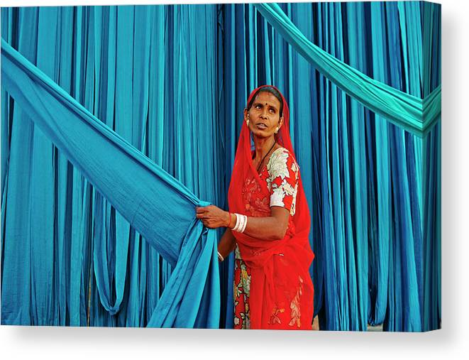 People Canvas Print featuring the photograph India, Rajasthan, Sari Factory by Tuul & Bruno Morandi