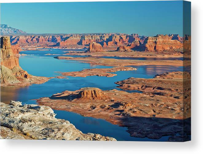 Tranquility Canvas Print featuring the photograph Lake Powell by Chen Su