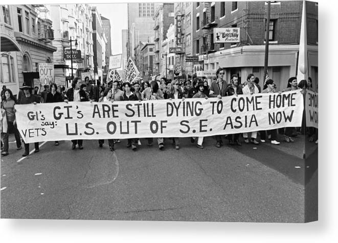 1960s Canvas Print featuring the photograph Anti Vietnam War Demonstration by Underwood Archives Adler