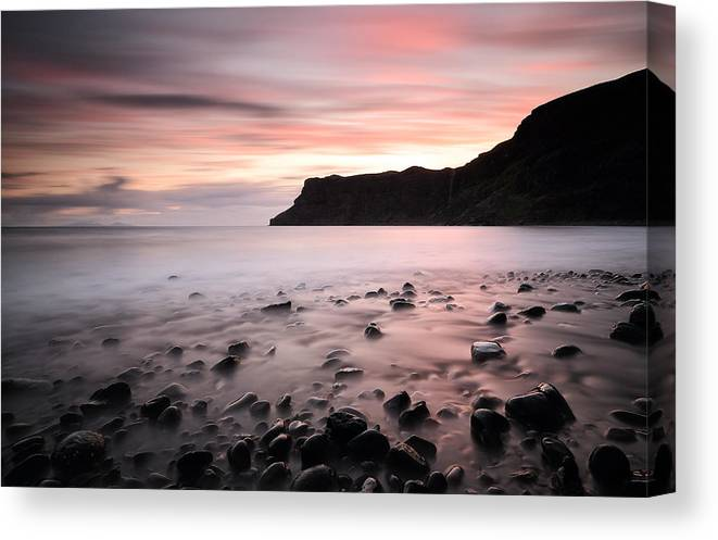 Talisker Bay Canvas Print featuring the photograph Talisker bay Sunset by Grant Glendinning
