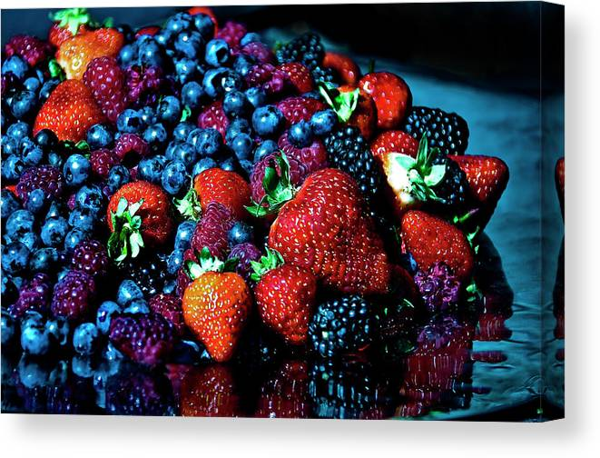 Serving Dish Canvas Print featuring the photograph Berrylicious by Daniela White Images