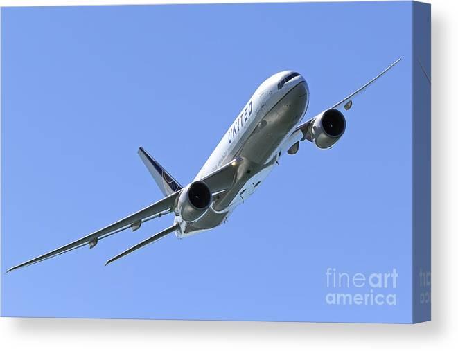 Boeing Triple Seven by Rick Pisio