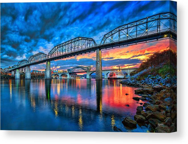 Chattanooga Canvas Print featuring the photograph Chattanooga Sunset 3 by Steven Llorca