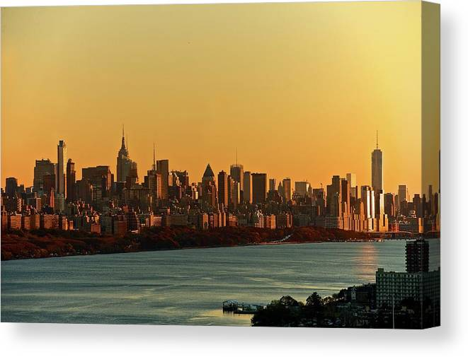 Tranquility Canvas Print featuring the photograph Golden Sunset On Nyc Skyline by Robert D. Barnes