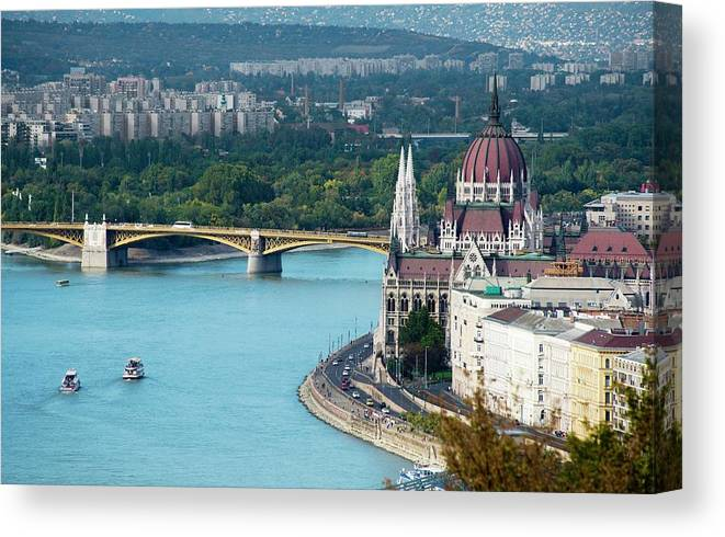 Arch Canvas Print featuring the photograph Hungarian Parliament Building by Paul Biris