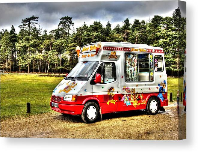 Ice Cream Canvas Print featuring the photograph Ice Cream in the New Forest by Peggy Berger