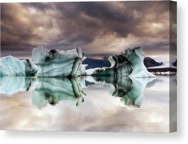 Scenics Canvas Print featuring the photograph Jokulsarlon, Iceland by Gunnar Örn Árnason