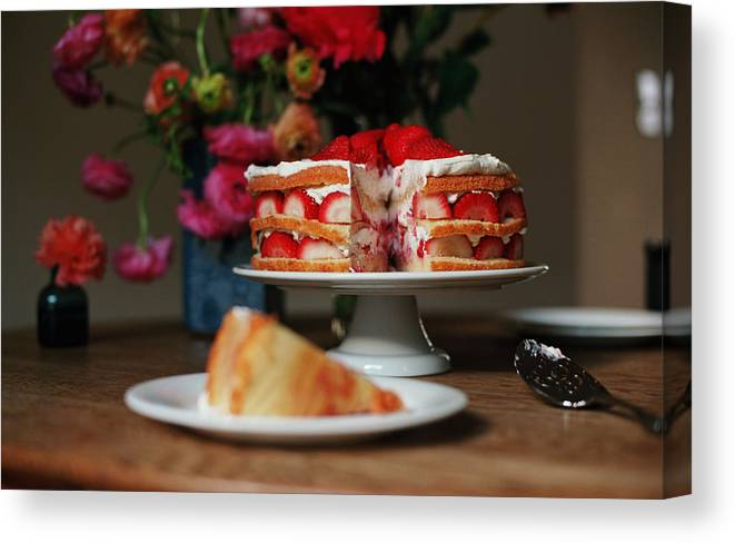 Vanilla Canvas Print featuring the photograph Layered Strawberry Cake With Background by Katie Baxter