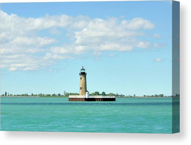 Scenics Canvas Print featuring the photograph Lighthouse Lake St. Clair by Rivernorthphotography