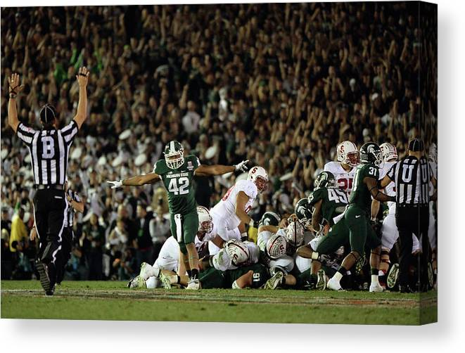 Michigan State University Canvas Print featuring the photograph The 100th Rose Bowl Game - Stanford V by Harry How