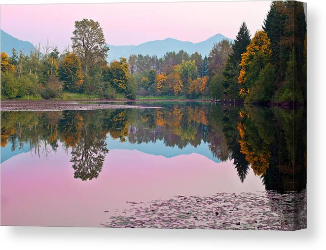 Snoqualmie Canvas Print featuring the photograph Dusk Reflections by Manju Shekhar