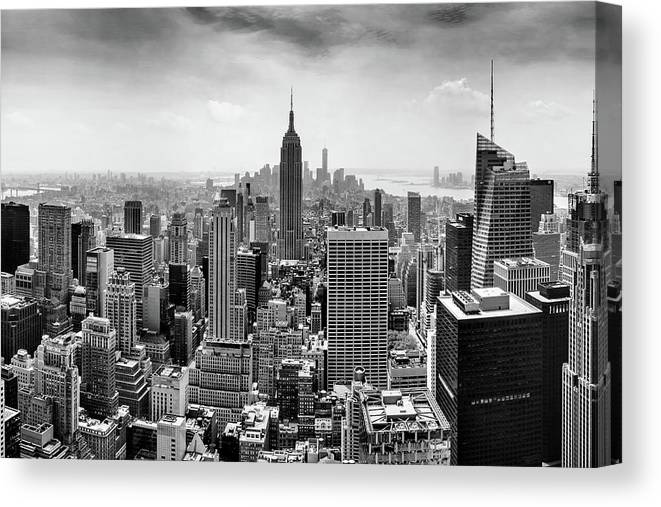 Empire State Building Canvas Print featuring the photograph Classic New York by Az Jackson