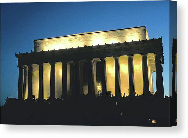Lincoln Memorial Canvas Print featuring the photograph Lincoln Memorial At Dusk by Carl Purcell