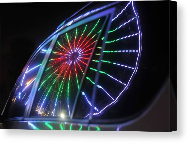 Fair Canvas Print featuring the photograph Reflections Of Ferris by David Lee Thompson