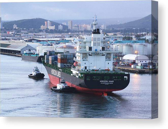 Horizon Hawk Canvas Print featuring the photograph Tugs In Action by Richard Henne