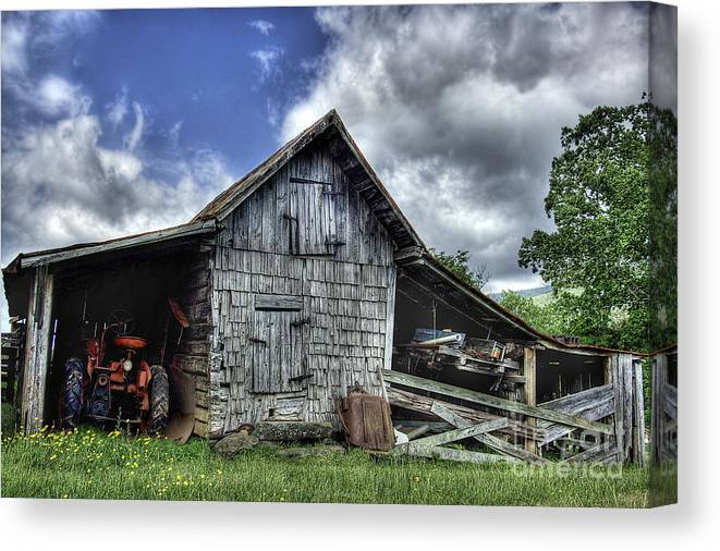 Landscape Canvas Print featuring the photograph Work is all done by Pete Hellmann
