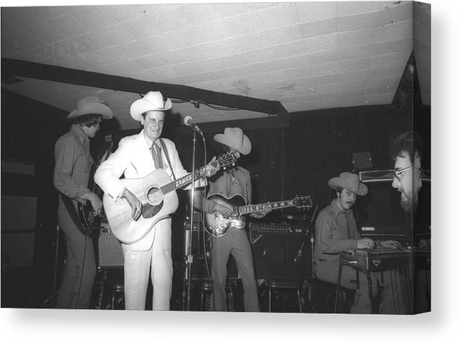 Performance Canvas Print featuring the photograph Ernest Tubb At The Palomino by Michael Ochs Archives