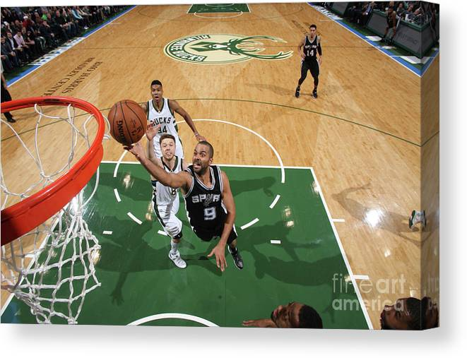 Nba Pro Basketball Canvas Print featuring the photograph San Antonio Spurs V Milwaukee Bucks by Gary Dineen