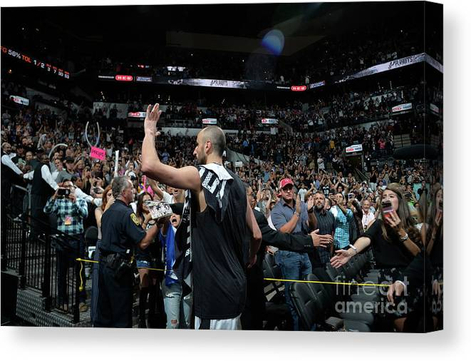 Crowd Canvas Print featuring the photograph Golden State Warriors V San Antonio by Mark Sobhani