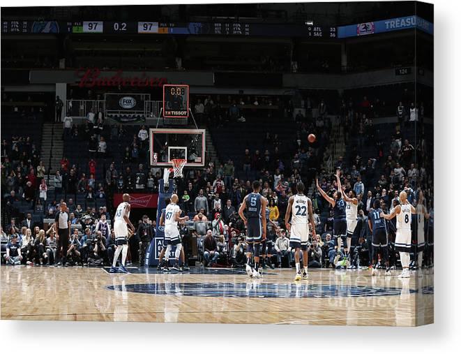 Nba Pro Basketball Canvas Print featuring the photograph Memphis Grizzlies V Minnesota by David Sherman