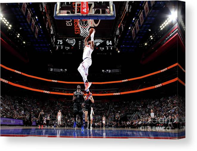 Nba Pro Basketball Canvas Print featuring the photograph New York Knicks V Detroit Pistons by Brian Sevald