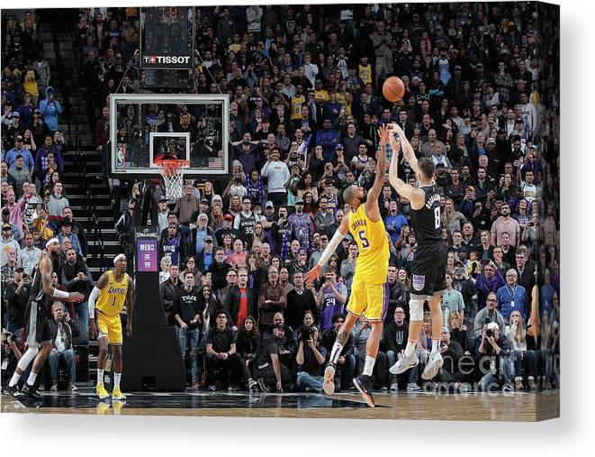 Nba Pro Basketball Canvas Print featuring the photograph Los Angeles Lakers V Sacramento Kings by Rocky Widner