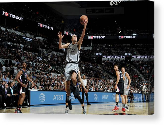 Nba Pro Basketball Canvas Print featuring the photograph La Clippers V San Antonio Spurs by Mark Sobhani