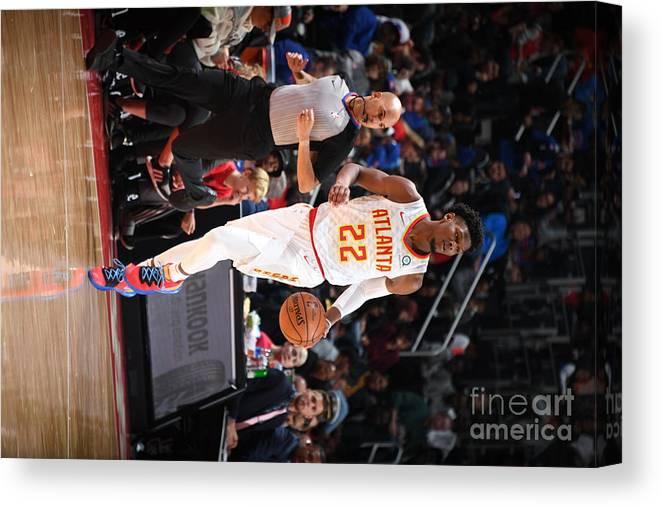 Nba Pro Basketball Canvas Print featuring the photograph Atlanta Hawks V Detroit Pistons by Chris Schwegler
