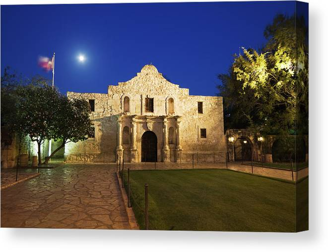 War Canvas Print featuring the photograph Alamo Mission, San Antonio, A Famous by Yinyang