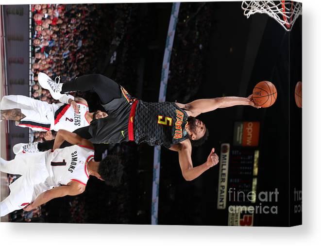 Nba Pro Basketball Canvas Print featuring the photograph Atlanta Hawks V Portland Trail Blazers by Sam Forencich