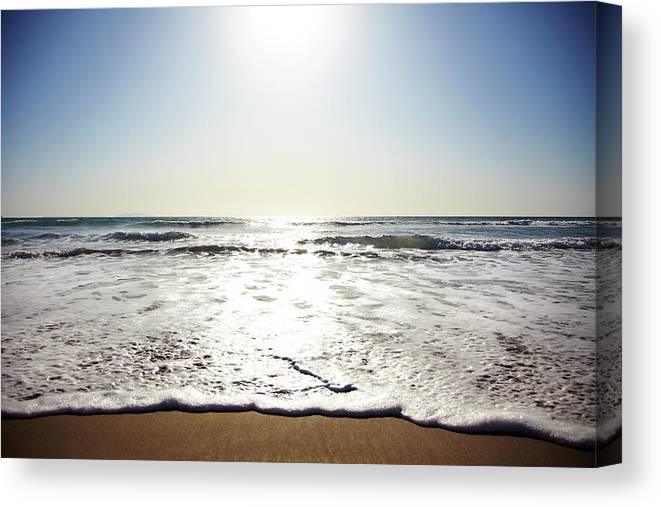 Tranquility Canvas Print featuring the photograph Beach In California On Pacific Ocean by Thomas Northcut