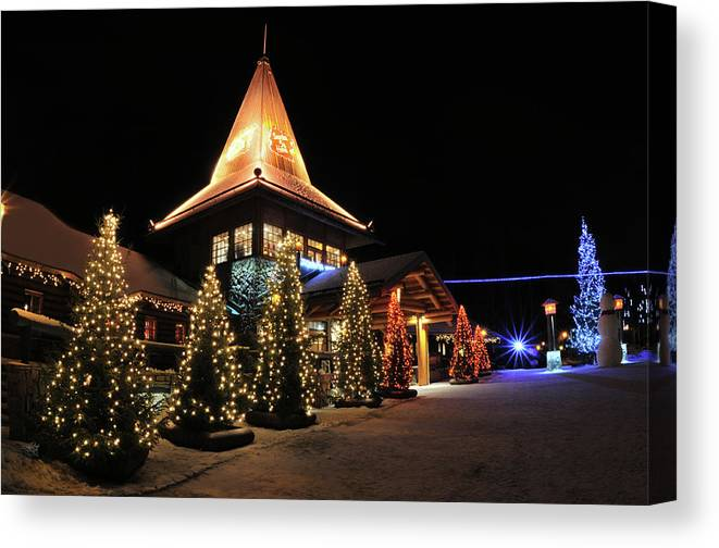 Holiday Canvas Print featuring the photograph Christmas Decorated Town by Csondy